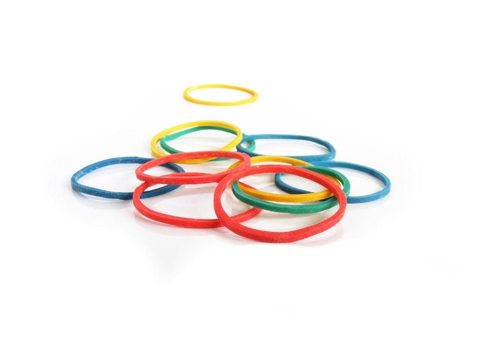 a different colors of rubber band and different sizes