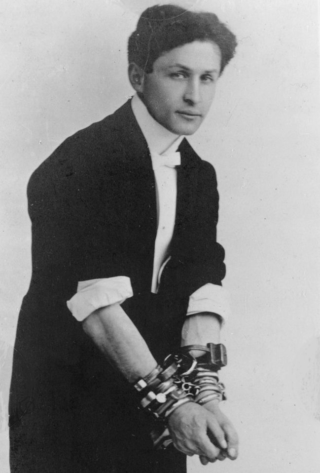 harry houdini's escape from handcuffs and chains