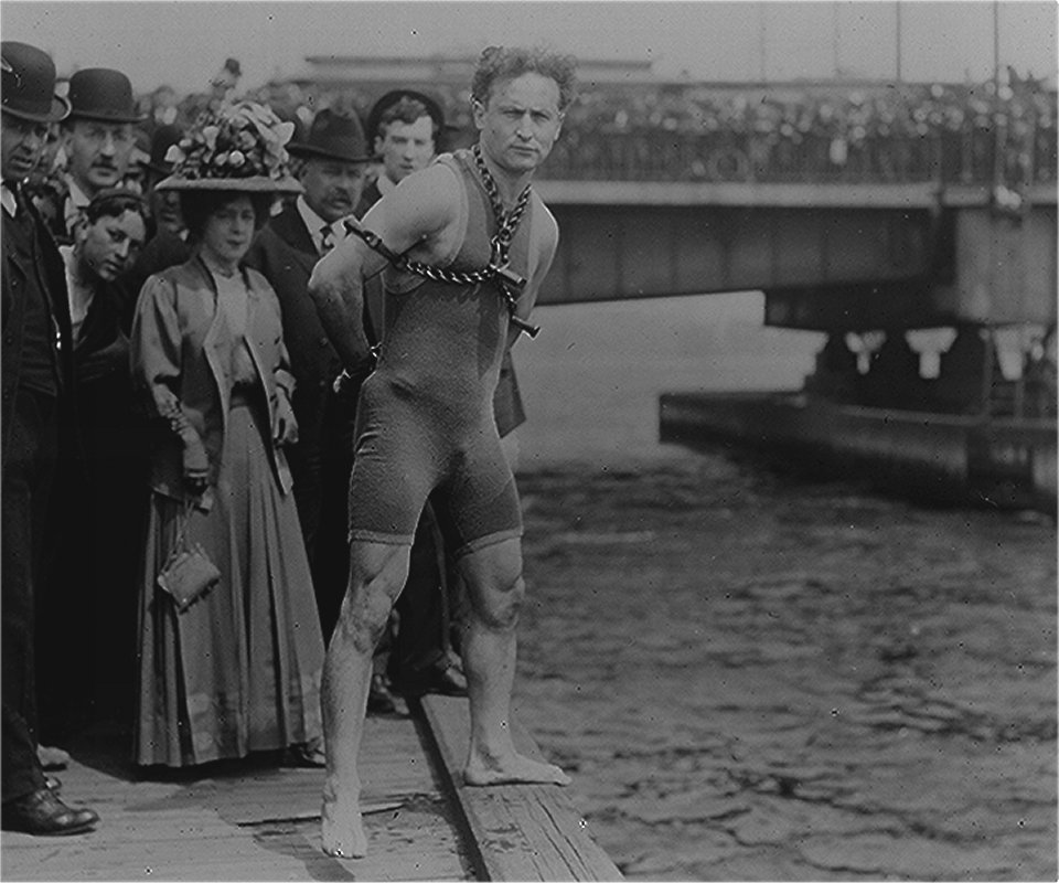 How Did Houdini Die? | The Magical Life And Death Of Harry ...